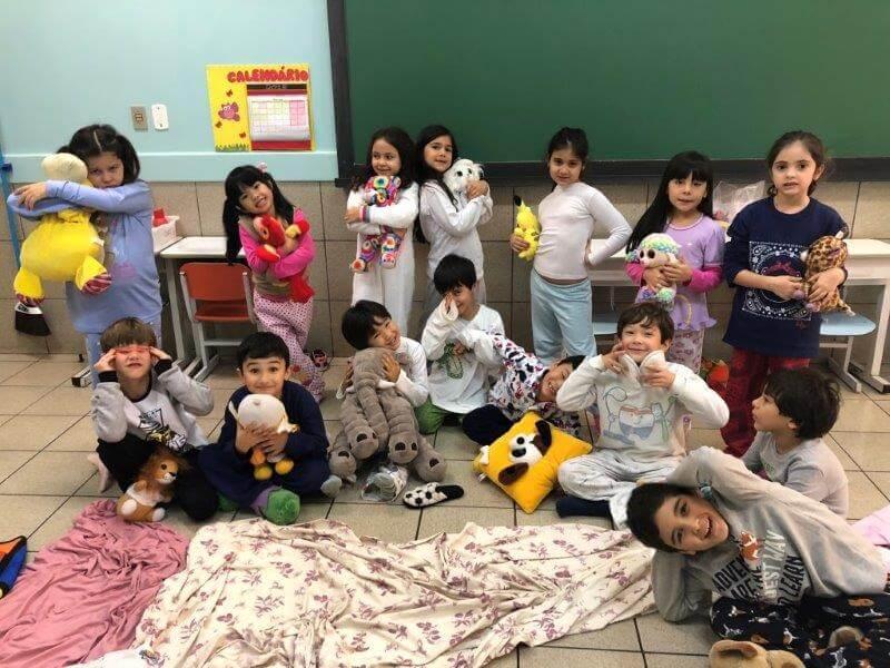 Alunos do Colégio Universitário curtem o Dia do Pijama