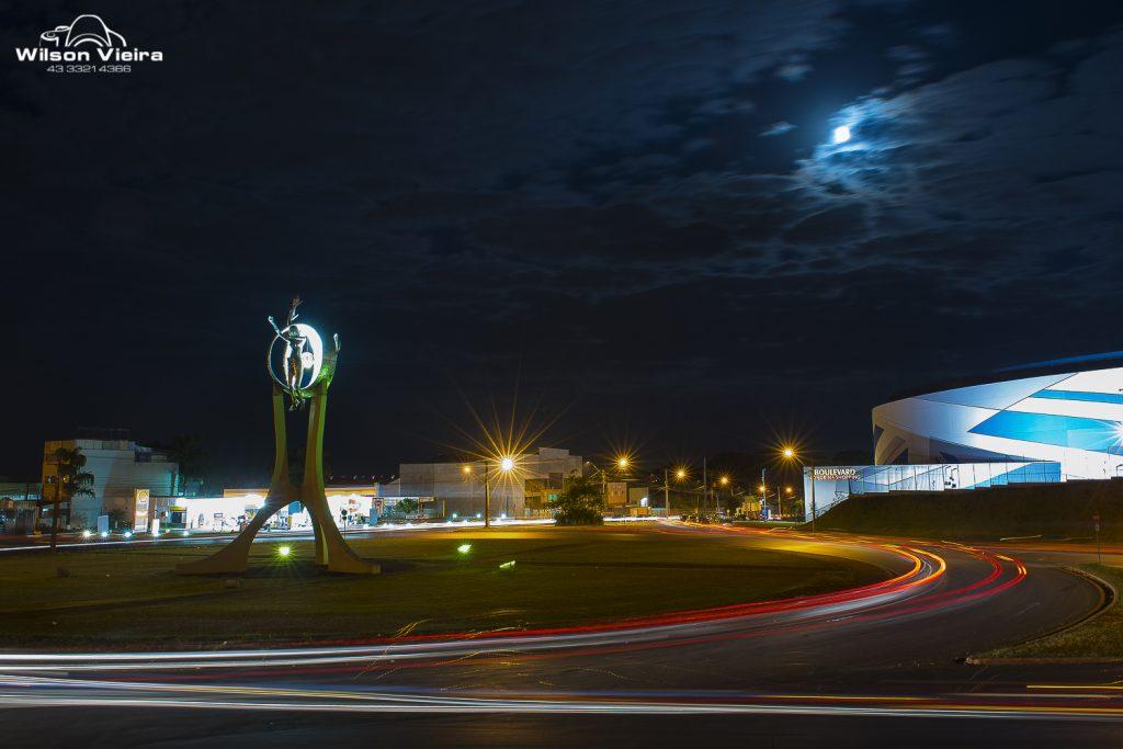 Pontos turísticos de Londrina: Monumento O Passageiro em Londrina