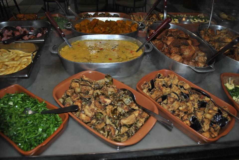 Almoço no domingo em Londrina: Vó Tatau