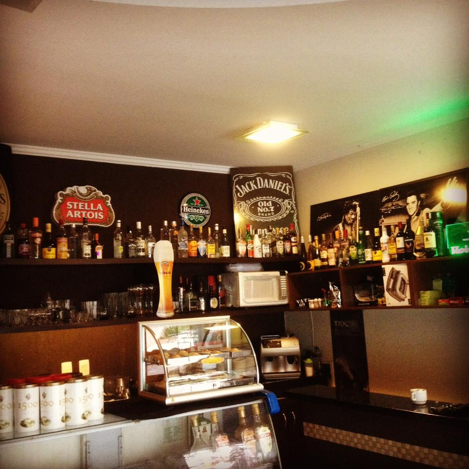 Bares em Londrina: A Toca
