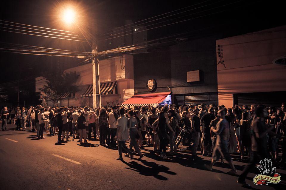 Bares em Londrina: Barbearia