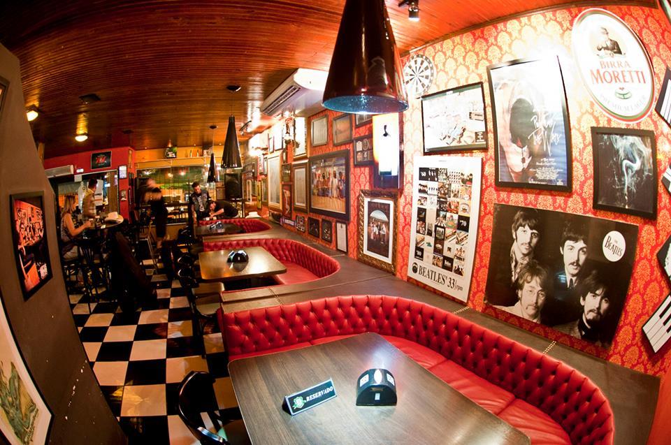 Bares em Londrina: Cheers Pub