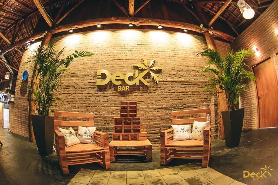 Bares em Londrina: Deck Bar