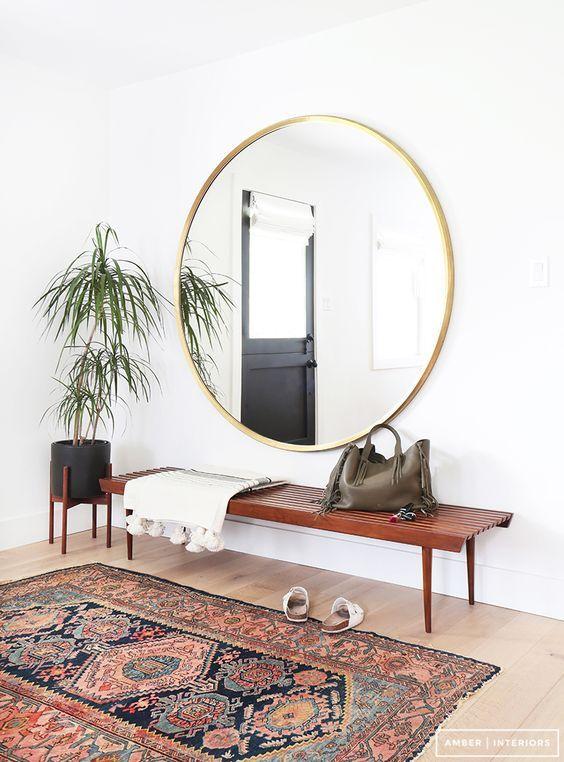 Inclua mais espelhos em sua casa para espantar a energia negativa