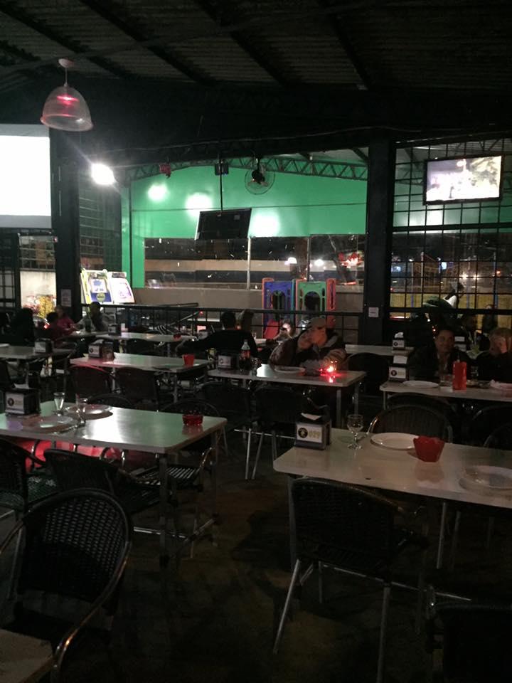 Bares em Londrina: Komedas