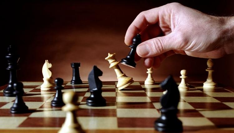 Fundação de Esportes de Londrina (FEL), em parceria com o Instituto Palhano de Xadrez abrirá 144 vagas para treinamento de xadrez