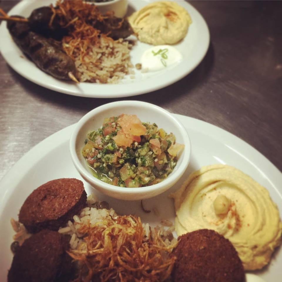 Comida libanesa e tailandesa em Londrina: Mezzate