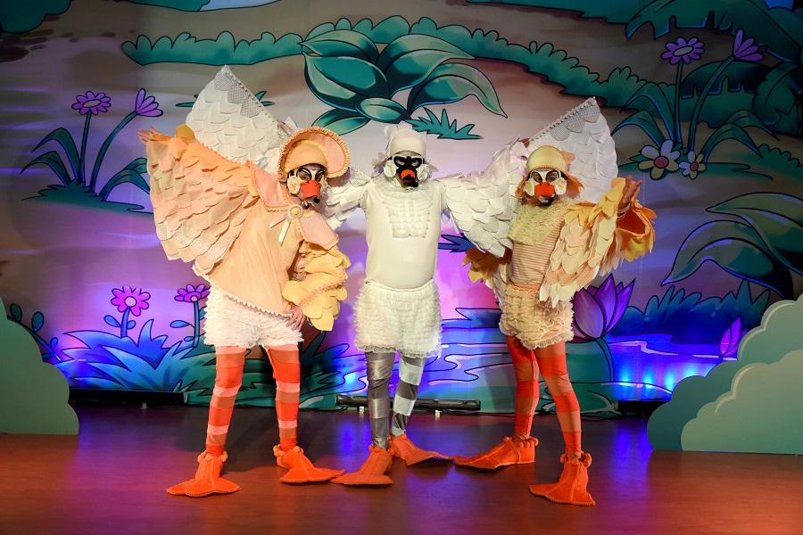 O Patinho Feio marca a estreia da Mostra de Teatro Infantil de Londrina