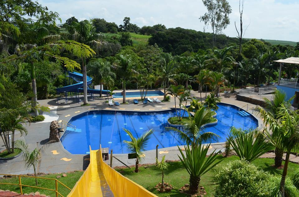 Piscinas do Parque Aquático Por do Sol em Pitangueiras