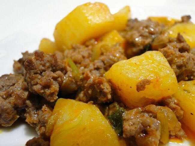 Comida mineira no Maneco com Jaleco: vaca atolada