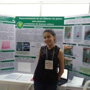 Aluna do Colégio Universitário foi destaque em mostra internacional de ciência