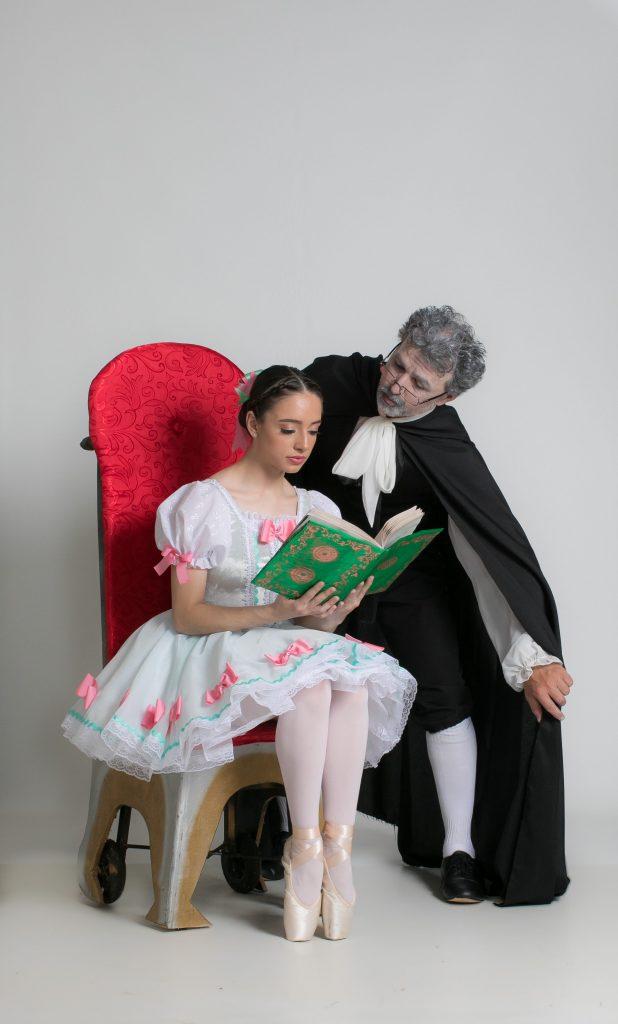 Coppélia leva 230 bailarinos ao palco do Teatro Ouro Verde