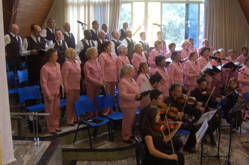 4º Concerto de Natal da Catedralde Londrina reúne corais, orquestra e solistas