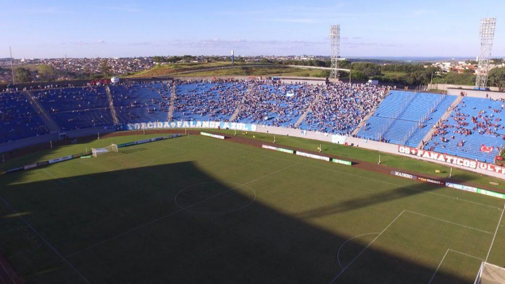 Recadastramento de cadeiras cativas do Estádio do Café termina em março
