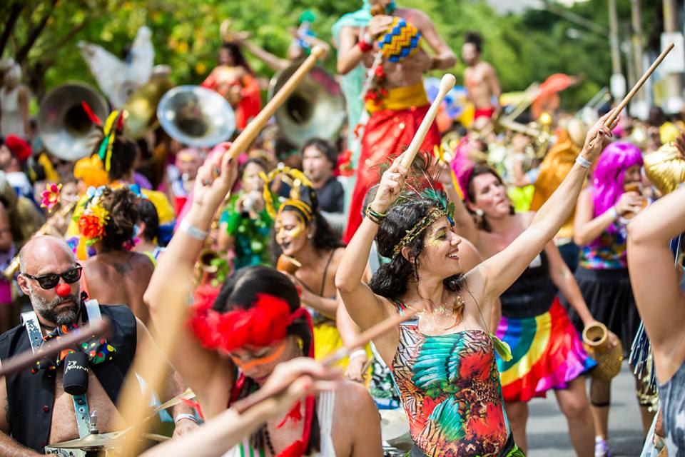3 dicas para não perder o pique e fazer bonito neste Carnaval