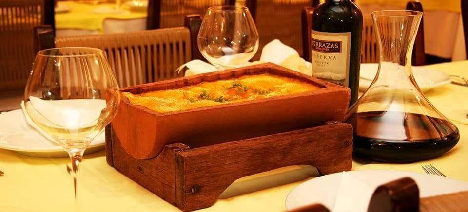 Restaurante O Espanhol oferece carnes, massas e peixes no almoço e jantar