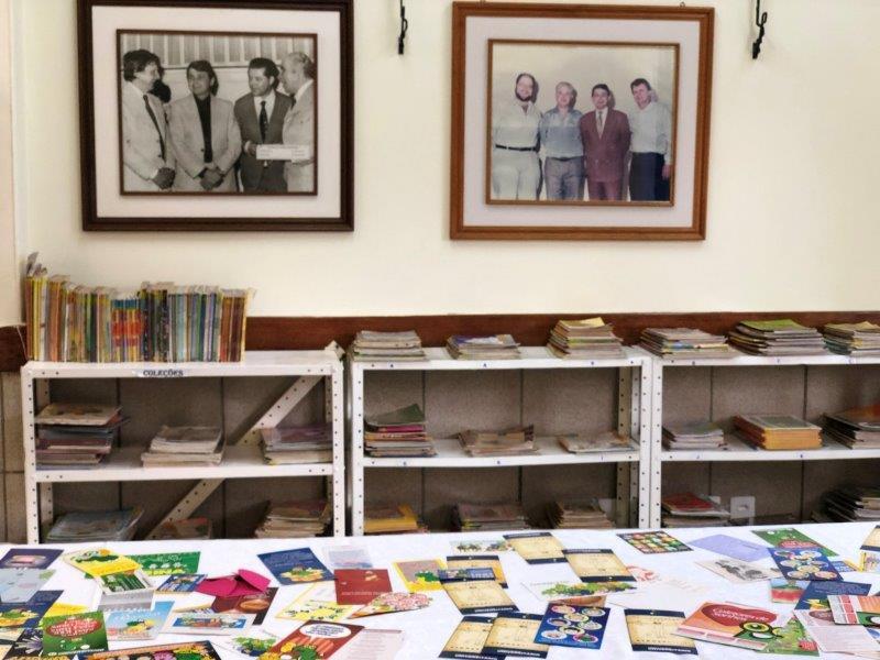 Alunos visitaram exposição dos 50 anos do Universitário