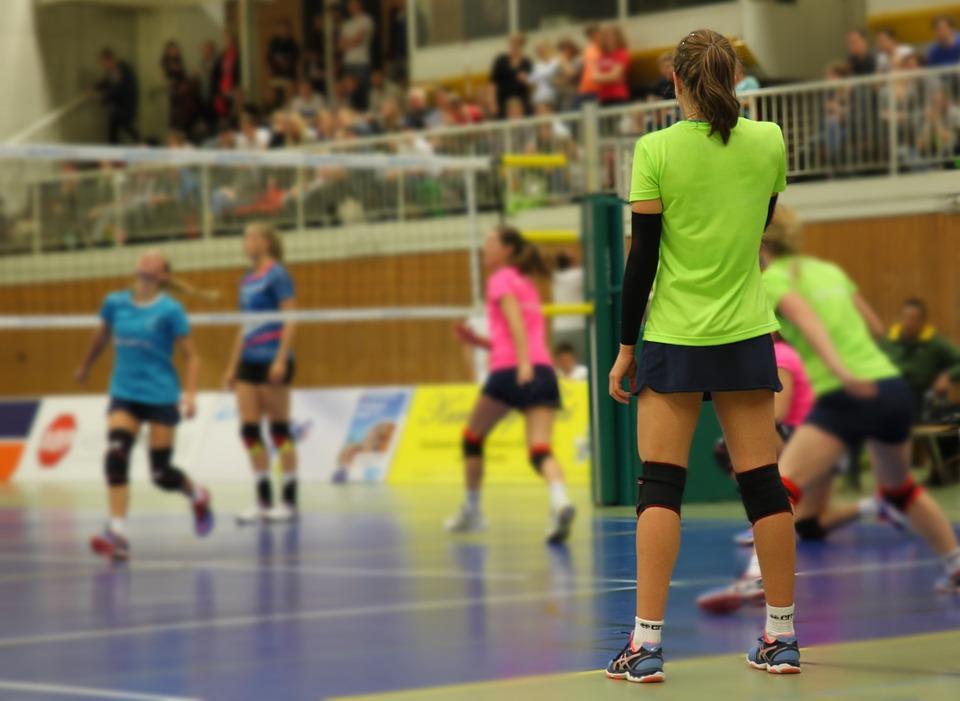 Projeto Caça Talentos realiza seletiva de voleibol