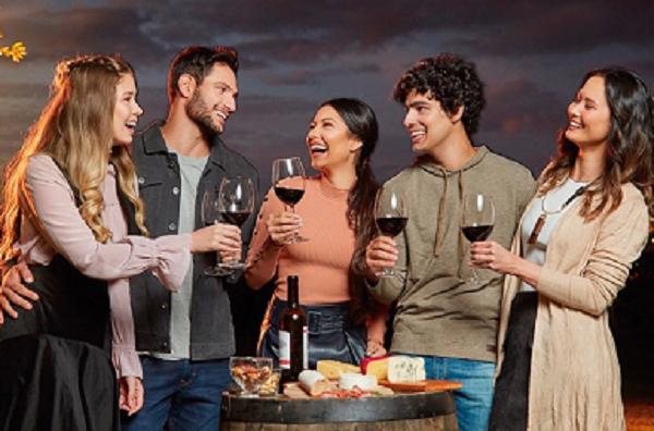 """""""Wine Festival"""": Catuaí realiza evento em que estrela é o vinho"""