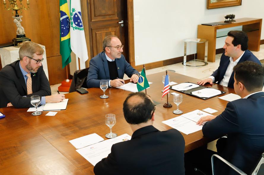 Paraná e EUA querem ampliar parcerias em segurança e educação