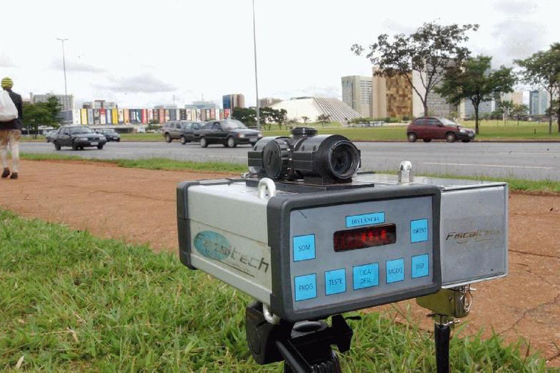 Governo manda suspender uso de radares nas rodovias federais