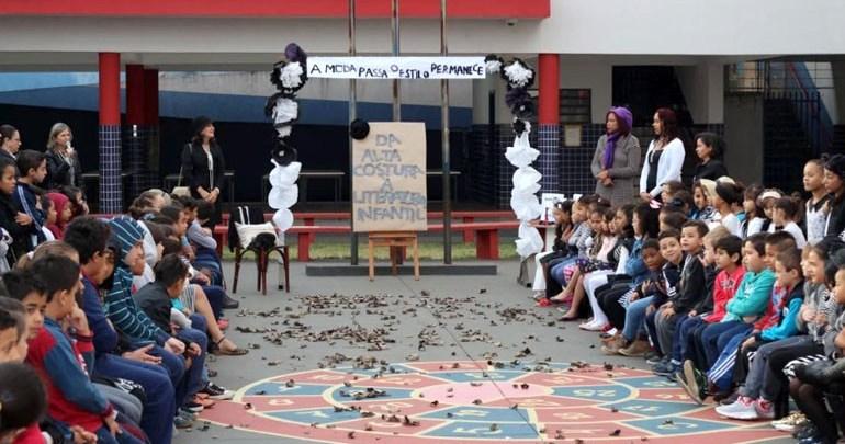 Projeto de literatura realizado em escola municipal será apresentado em Paris