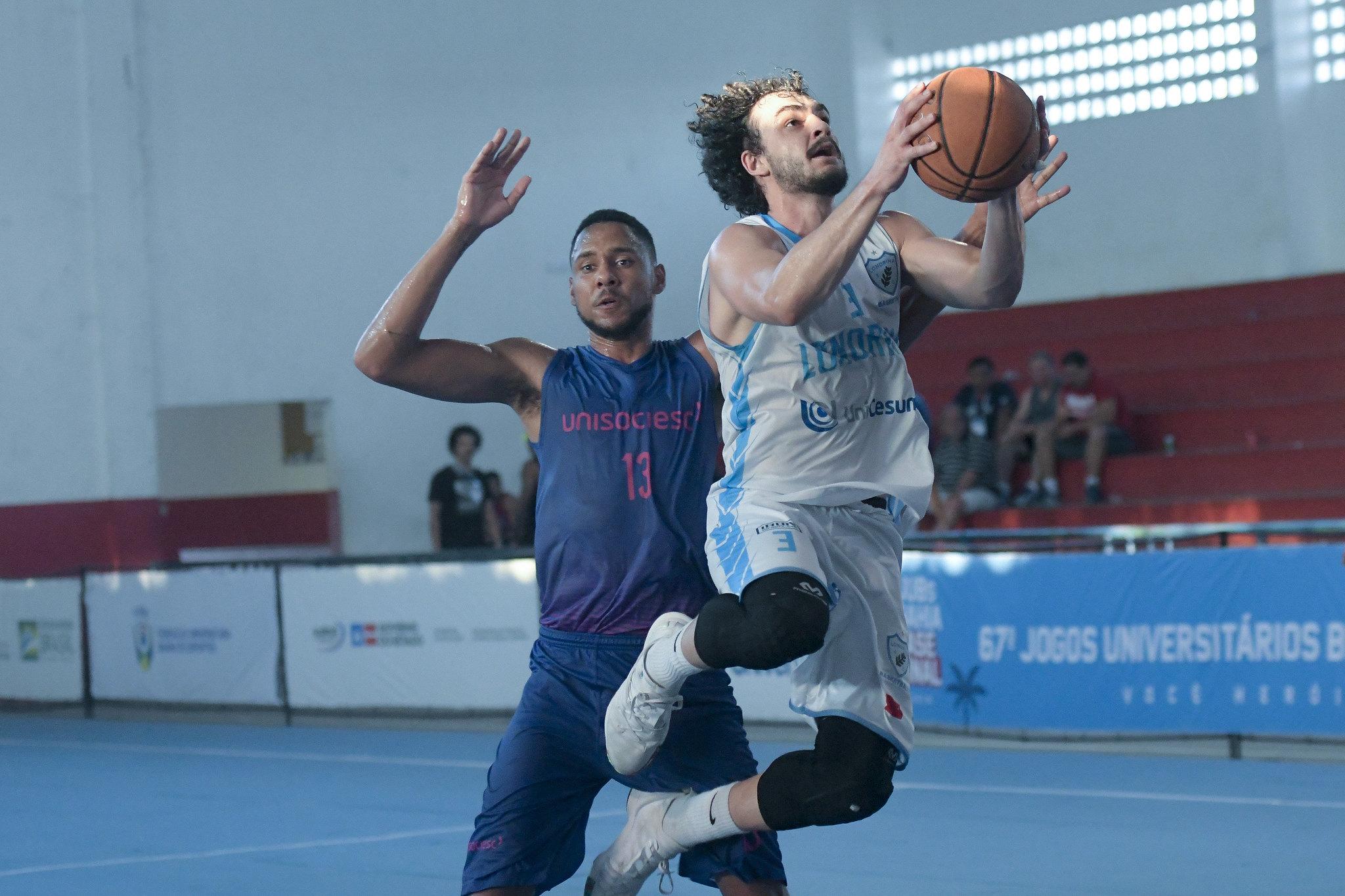 Londrina Unicesumar é campeão brasileiro universitário no basquete masculino