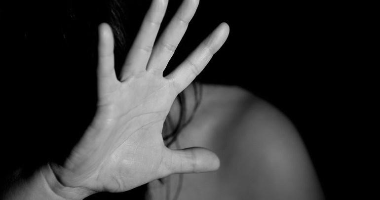 Grupo debate a violência contra as mulheres como violação aos direitos humanos