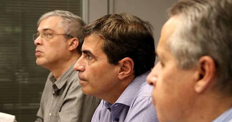 Serviços de obras e indústrias são suspensos em Londrina