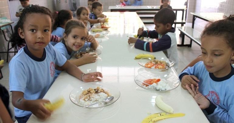 Educação disponibiliza 31 polos para servir merenda durante suspensão das aulas