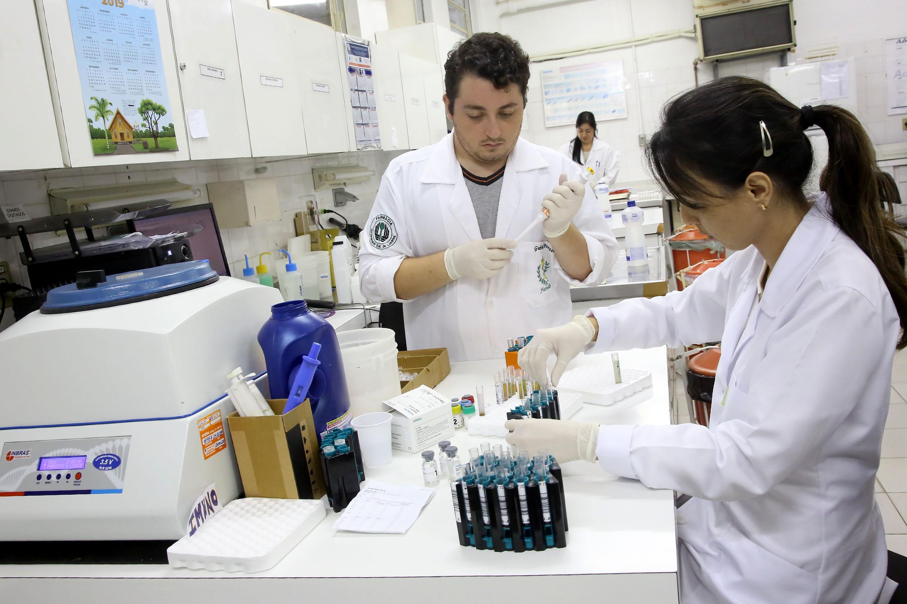 UEL está entre as três universidades brasileiras com maior número de publicações sobre coronavírus