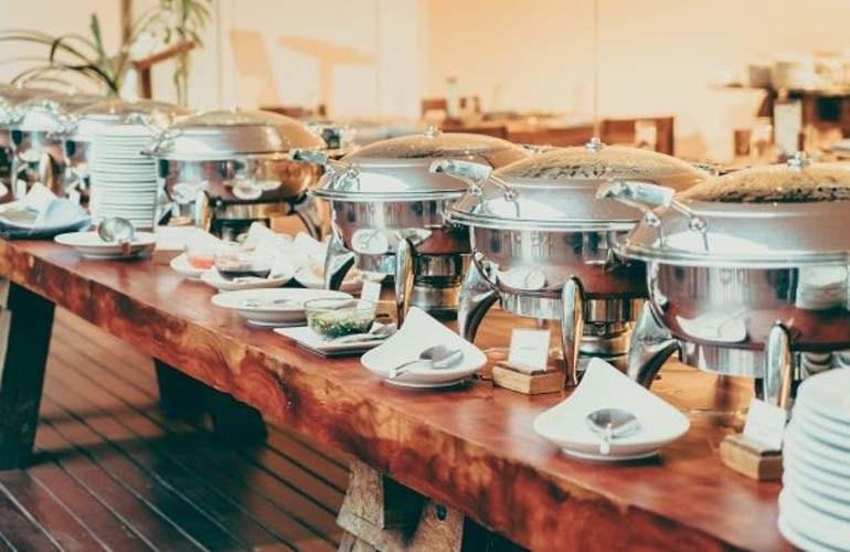 Londrina autoriza o funcionamento de empresas de buffet