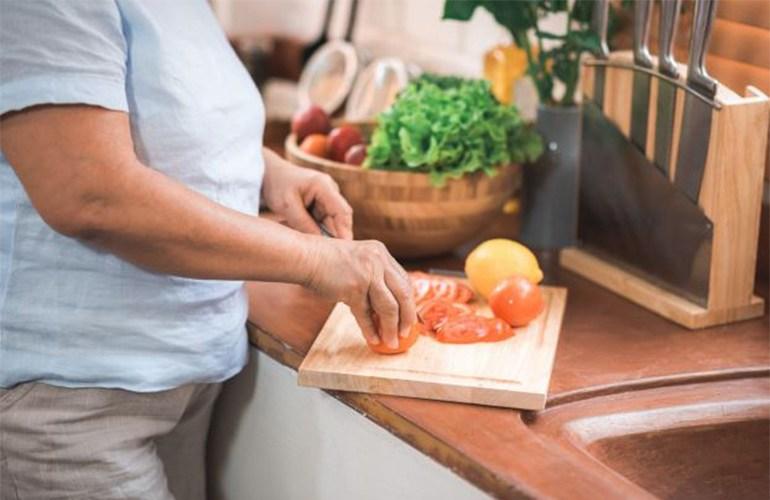 Projeto de acompanhamento nutricional a idosos inicia com 100 inscritos